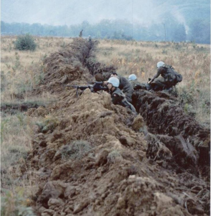 D-company-Trench-in-Medak-Procket-Croatia